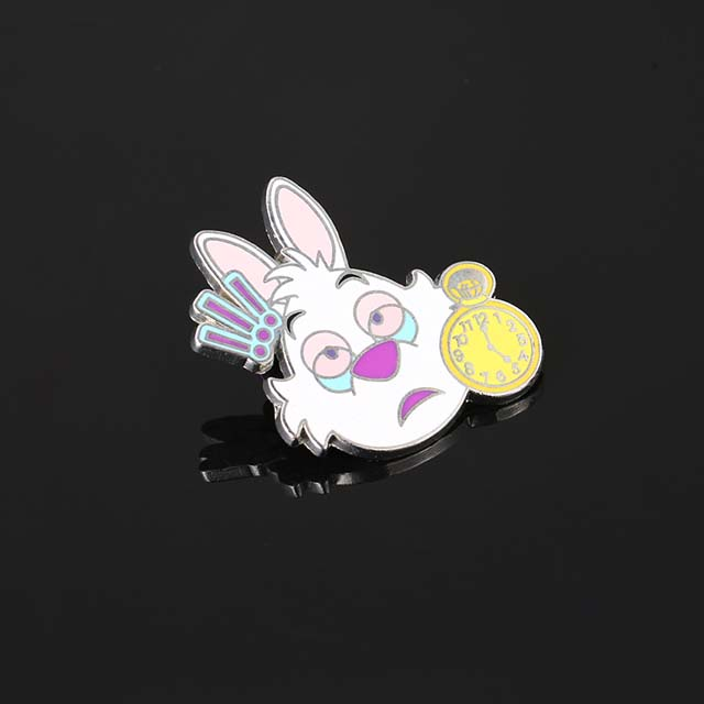 China Manufacturer OEM Metal Pins Cheap Custom Cartoon Glitter Soft Lapel Pin Custom Logo Hard Enamel Pin
